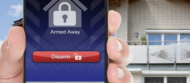 4 Simple Steps to Secure Home from Burglary While Traveling