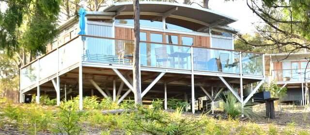 Free Spirit Pods: Luxury Eco-Accommodation on Tasmania's Bruny Island