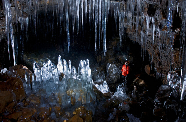 Vidgelmir Cave Iceland RF