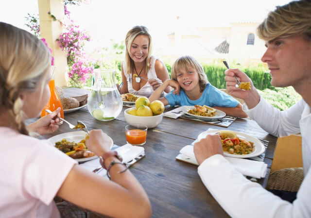family eating food RF