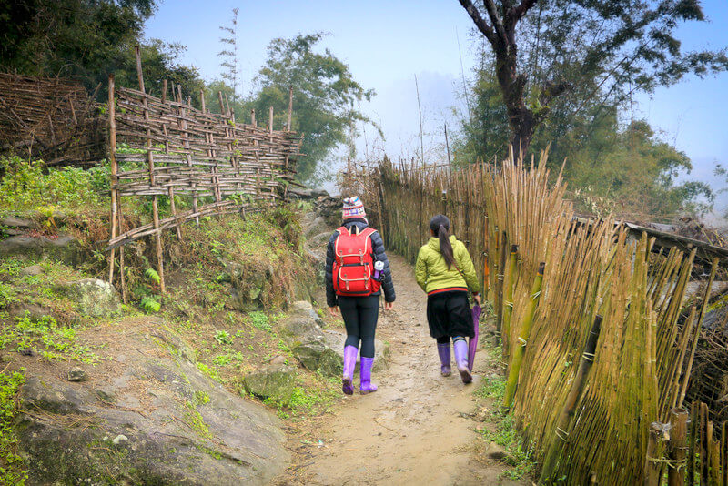 Trekking in Sapa Vietnam Black H'Mong People