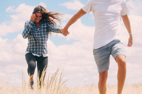 How to make a long distance relationship work or last