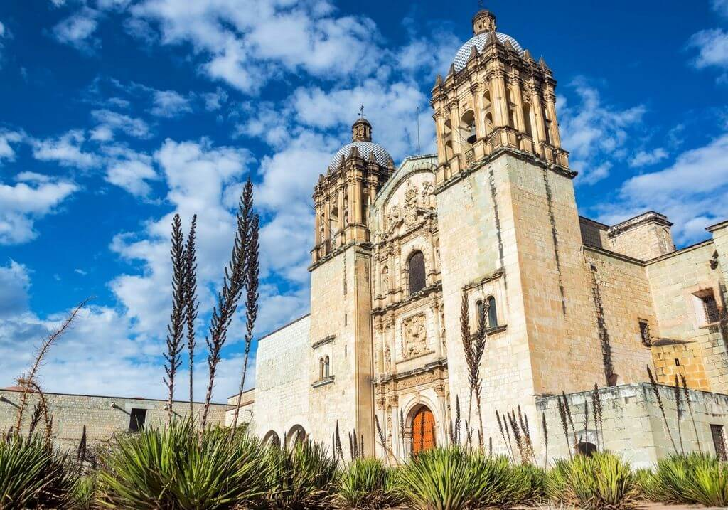 Oxaca Templo de Santo Domingo de Guzman Mexico RF