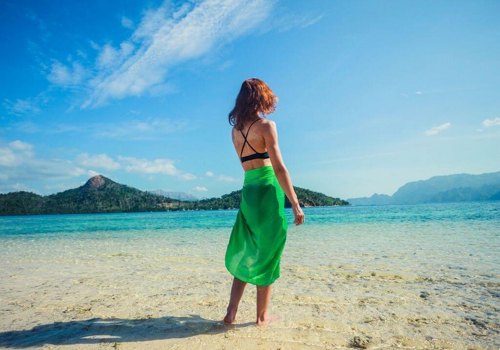 Sarong beach female RF