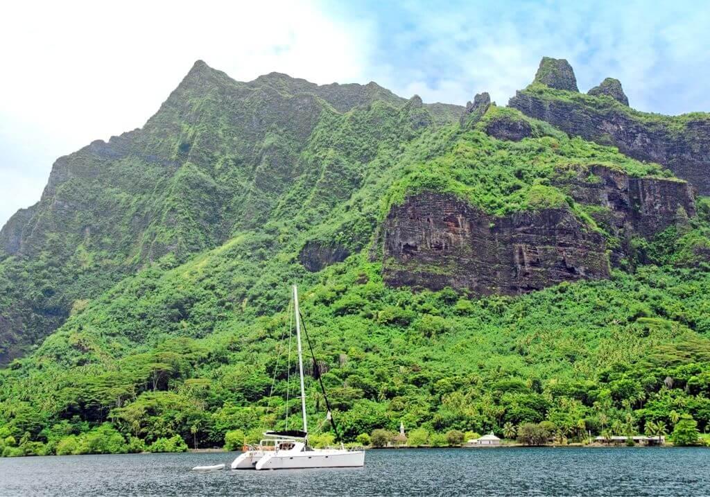 Tahiti sailboat RF
