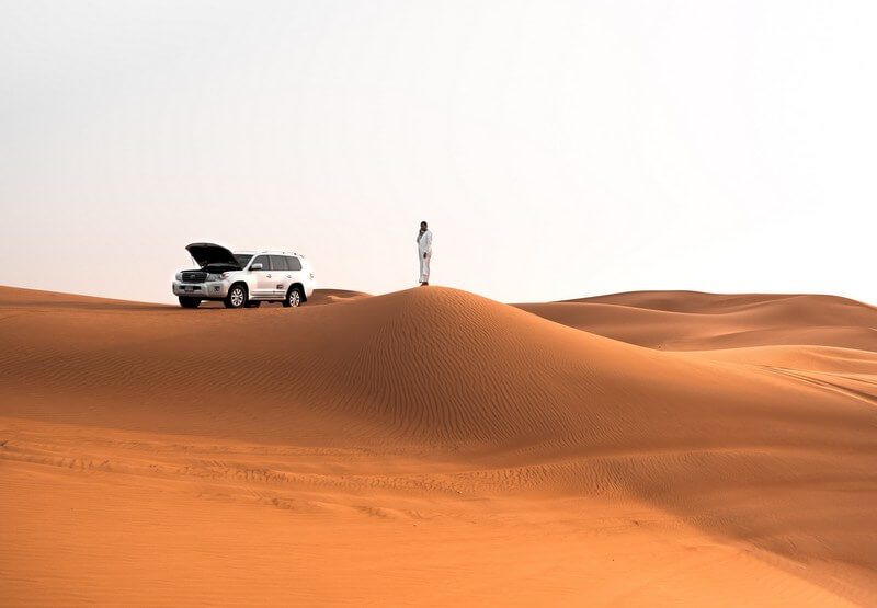 Car desert roadtrip Dubai RF
