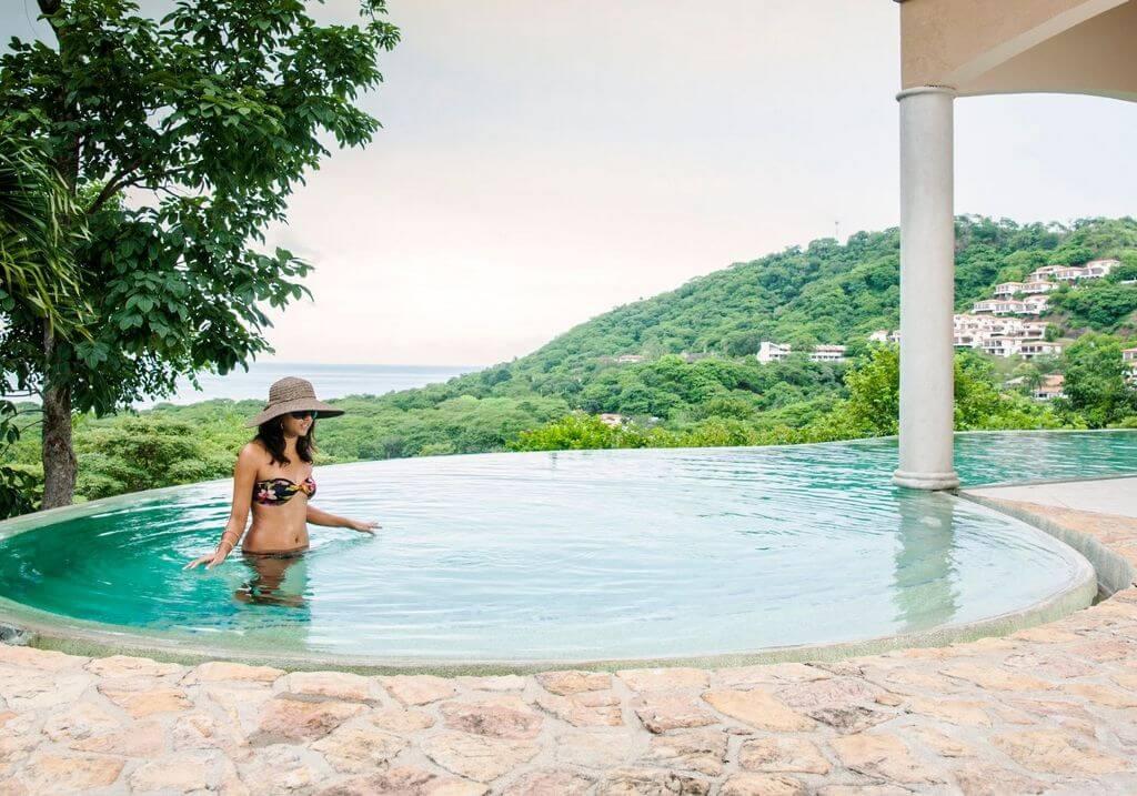 Costa Rica woman pool RF
