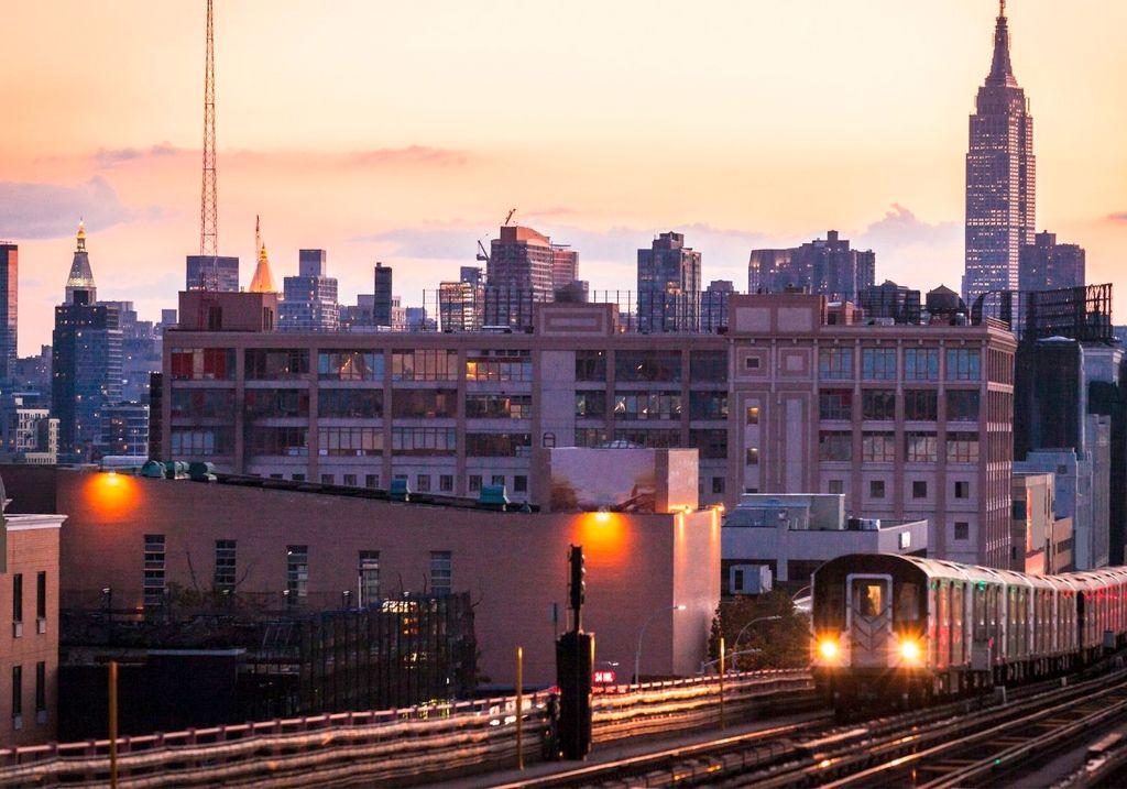 Train NYC RF