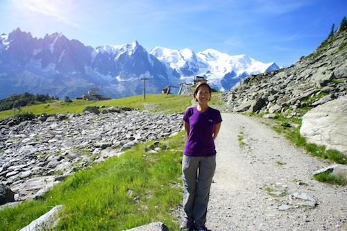 Esme Vos hiking in Chamonix