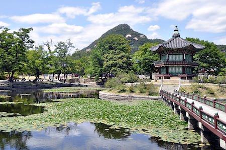 gardens of Gyeongbokgung Seoul