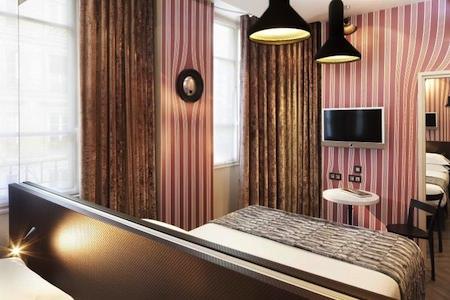 hotel georgette dada room