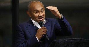 رئيس الاتحاد الأفريقي ينفي تحديد موعد عودة المسابقات الرياضية