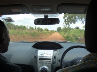 The road to Lunjika