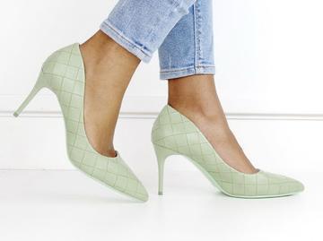 Flo weave pu court on 8cm heel avo