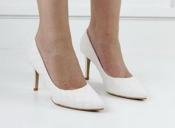 Gloria quilted courts white