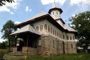"""Biserica din Marasti care poarta acum Hramul """"Adormirea Maicii Domnului"""""""
