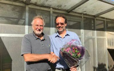 De verzorging van de duiven door Ad van Heijst tijdens de corona-crisis