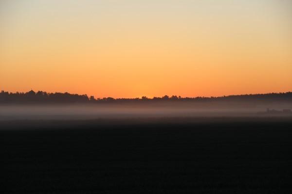 Och på den tredje dagen gick solen upp utanför Enköping. Foto: privat