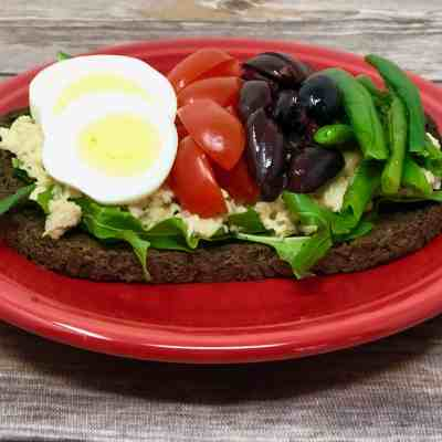Nicoise Salad on Pumpernickel Toast