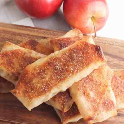 How to Make Apple Pie Egg Rolls