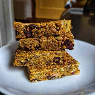 Easy Bake Breakfast Bars