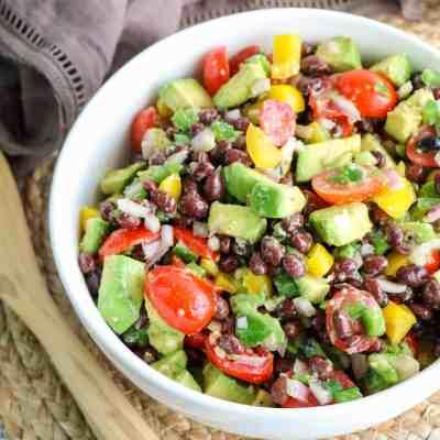 Easy Recipe for Guacamole Salad