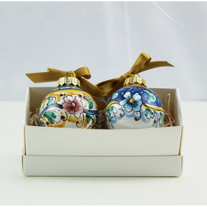 8 uova di pasqua in ceramica appesa dipinte a mano. 2 Palline Di Natale In Ceramica Decoro Floreale Scatolina Regalo