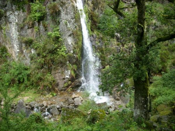 Cascata de Leonte na serra Gerês