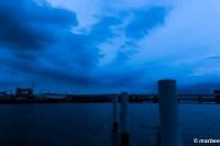 夕方と夜の間 ここは海の入り口