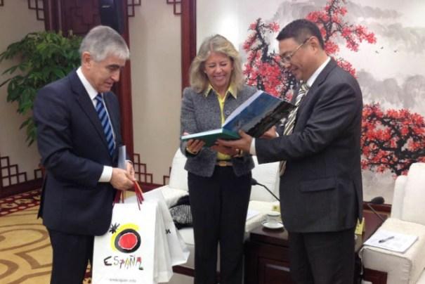La alcaldesa de Marbella, Ángeles Muñoz, en una imagen de marzo de 2014 durante su penúltimo viaje a China