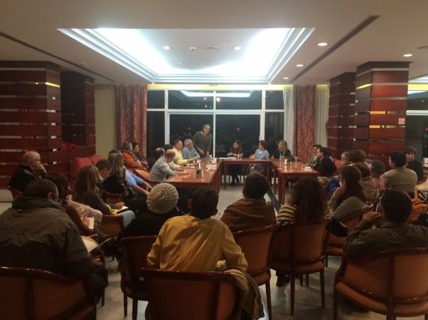 magen de los asistentes a la reunión del 5 de enero contra la entrega de terrenos a Benahavís