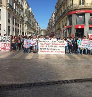 Alumnos de las escuelas de Hostelería en una reciente protesta en Málaga. FOTO/ Europa Press