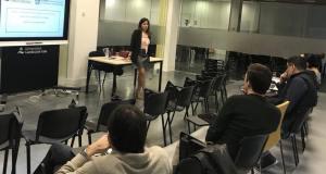 Carmen Pilar Pallarés, nueva directora general de Recursos Humanos del Ayuntamiento de Marbella durante un acto en la Universidad Camilo José Cela de Madrid. FOTO/ Facebook de Carmen Pilar Pallarés