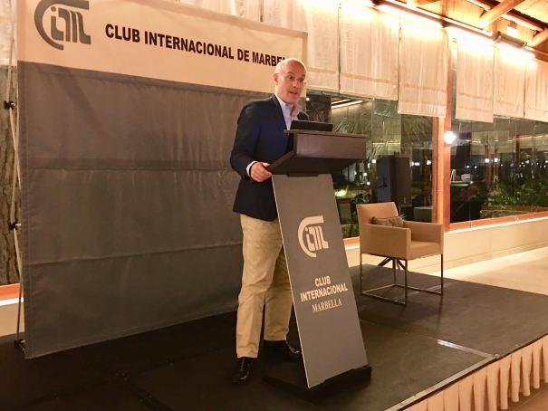 El sociológo Narciso Michavila, presidente de GAD3, durante la conferencia que ofreció el pasado viernes en el Club Internacional de Marbella. FOTO/ MC