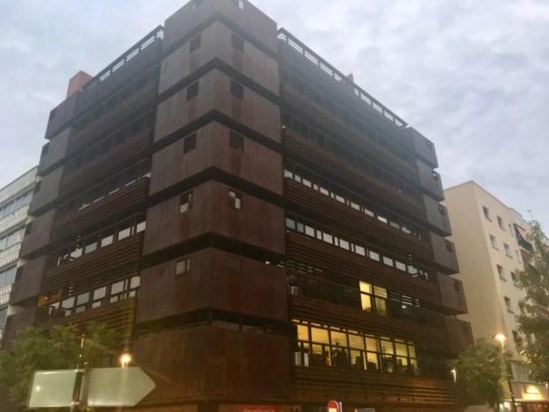 Imagen del edificio donde se ubica la sede de Urbanismo que el Ayuntamiento pretende comprar. FOTO/ CABANILLAS