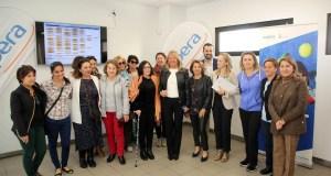 Imagen del encuentro de la alcaldesa de Marbella, Ángeles Muñoz, con integrantes de la asociación este jueves. FOTO/ marbella.es