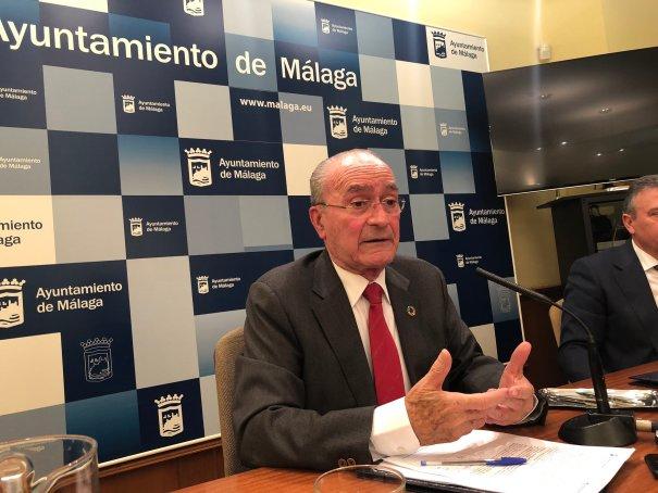 El alcalde de Málaga, Francisco de la Torre, este lunes en rueda de prensa. FOTO/ @negea_