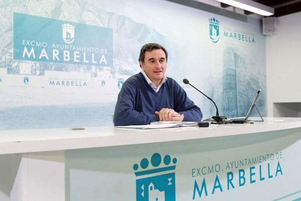 El portavoz municipal, Félix Romero, durante su comparecencia de este lunes. FOTO// MC