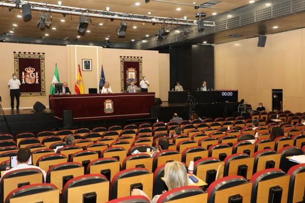 Imagen del pleno celebrado este lunes en el Palacio de Congresos de Marbella. FOTO/ Ayto