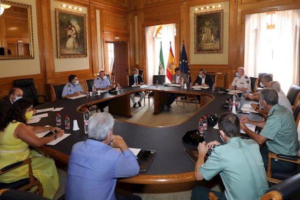 Imagen de la junta local de seguridad de Marbella que ha presidido este jueves el subdelegado del Gobierno, Teófilo Ruiz. FOTO/ Ayto de Marbella