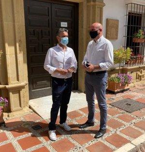 Los dirigentes socialistas Francisco Conejo y Pepe Bernal este sábado en Marbella. FOTO/ PSOE