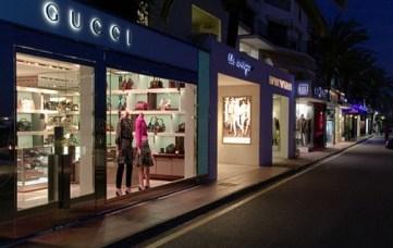 Marbella shopping - puerto banus