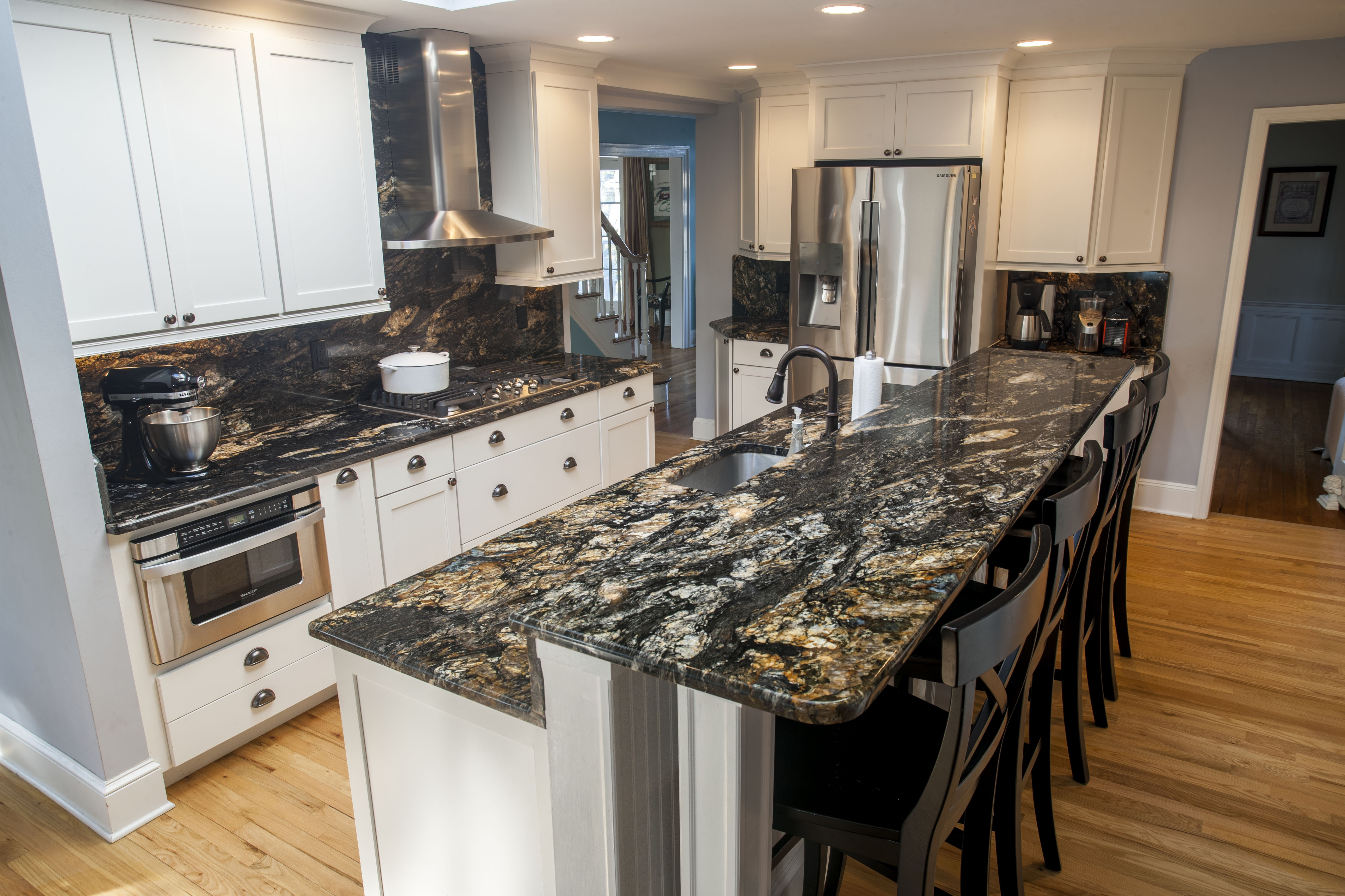 A Few Dark Color Granite Colors Your Should Think About on Dark Granite Countertops  id=49870