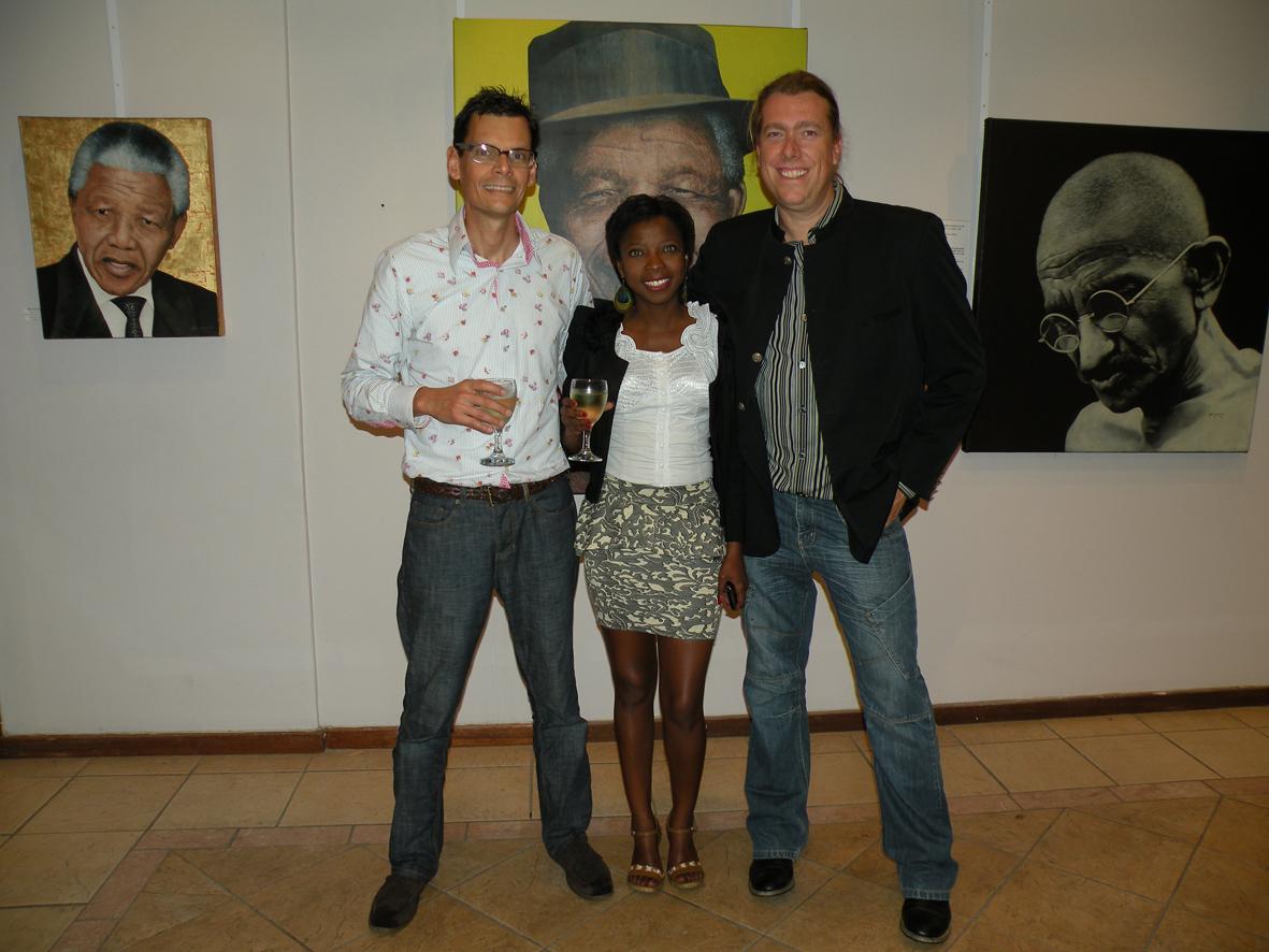 Guest Speaker Laurie Guam, Curator Noami Menyoko and Artist Marc Alexnder