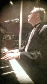 Pianist for Parties Los Angeles