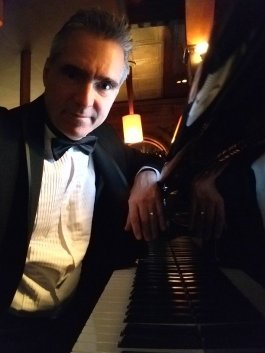 Piano Player and Singer