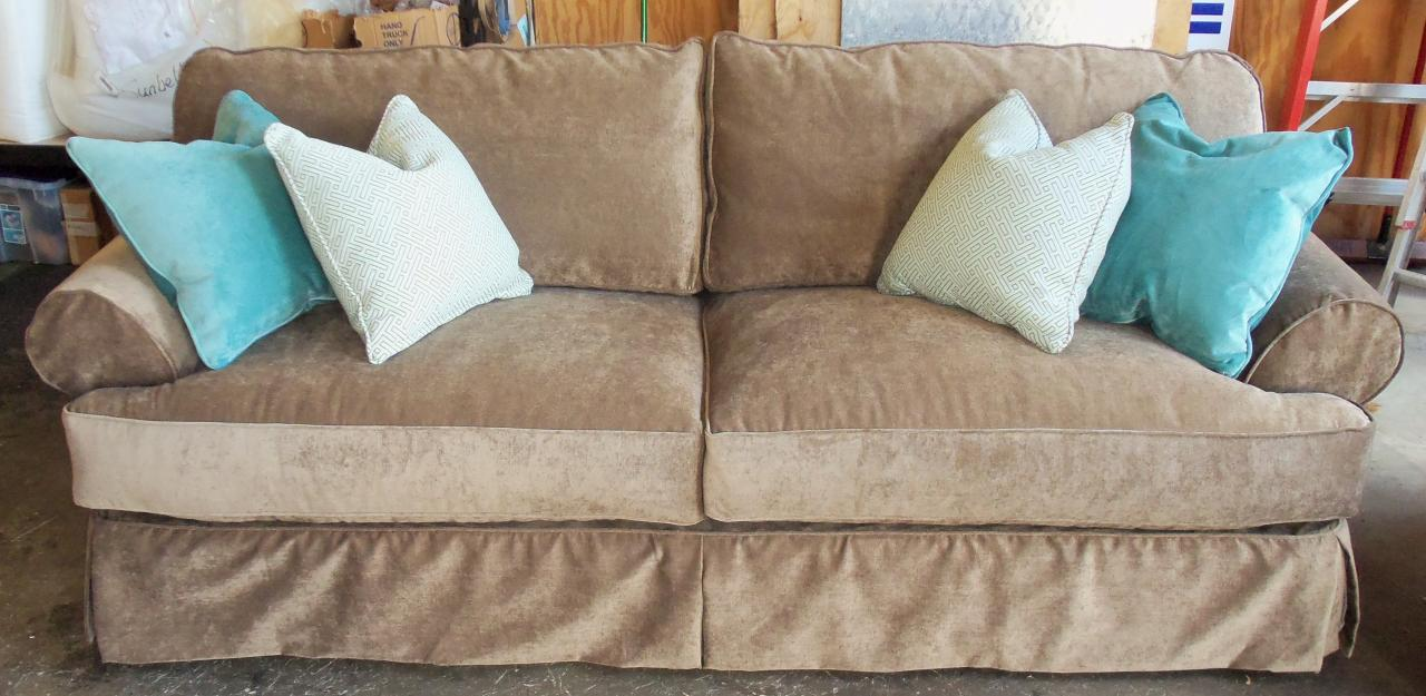 Furniture Rug Sectional Slipcover Rowe Slipcovers