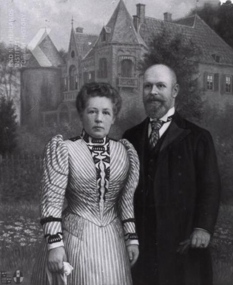 Portret  van olieverf op doek van Ernst Willem baron van Wassenaar (1863-1954) en Jkvr. Anna Maurice Adrienne van Kretschmar (1861-1920)