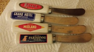 Aren't these adorable cheese knives??
