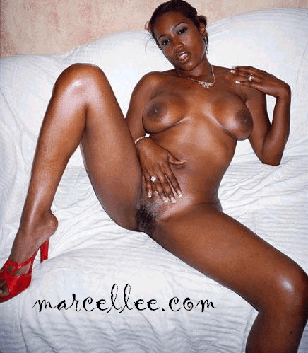 Maia Campbell posing nude on the sofa